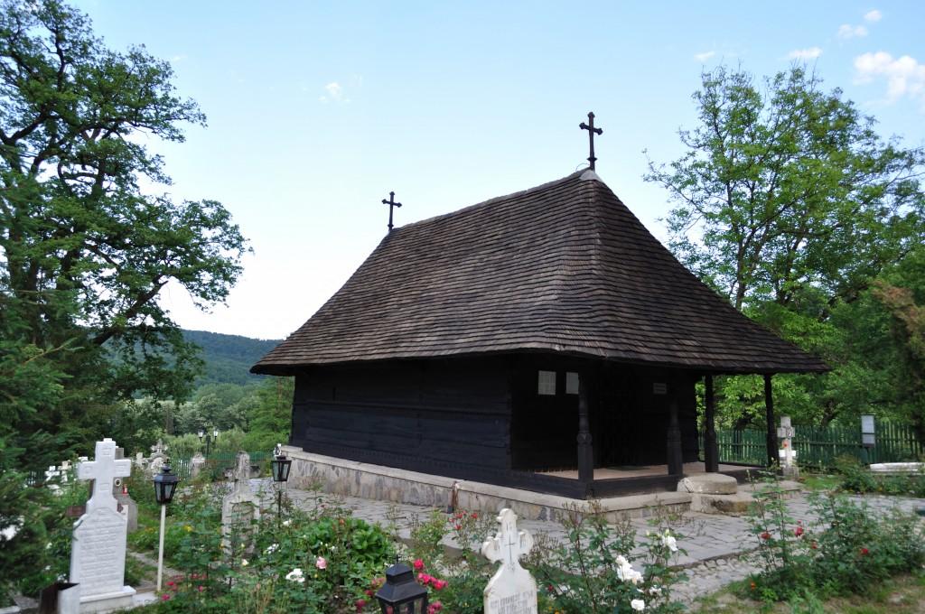 RO_VL_Dezrobiti_Manastirea_dintr-un_lemn_44